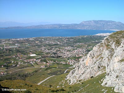 Corinth-plain-and-excavations-from-Acrocorinth-tb050803135-bibleplaces